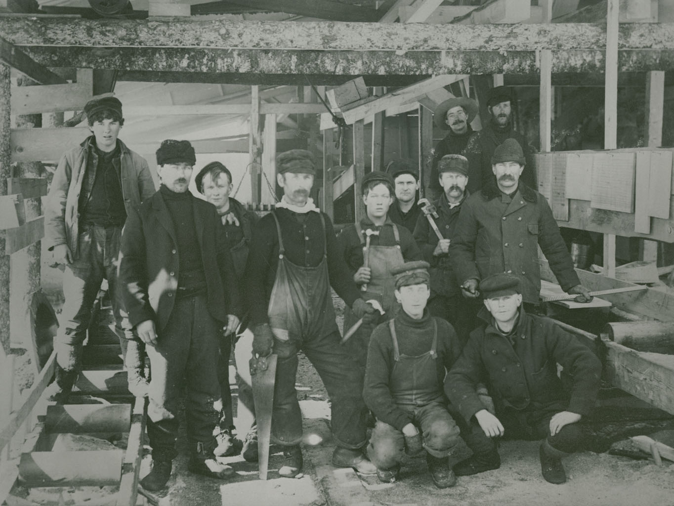 Unidentified portable sawmill crew – Nova Scotia