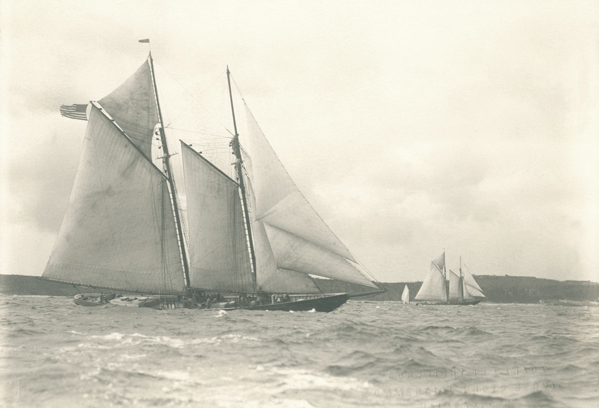 <i>Columbia</i> and <i>Bluenose</i> 1923 Final Races