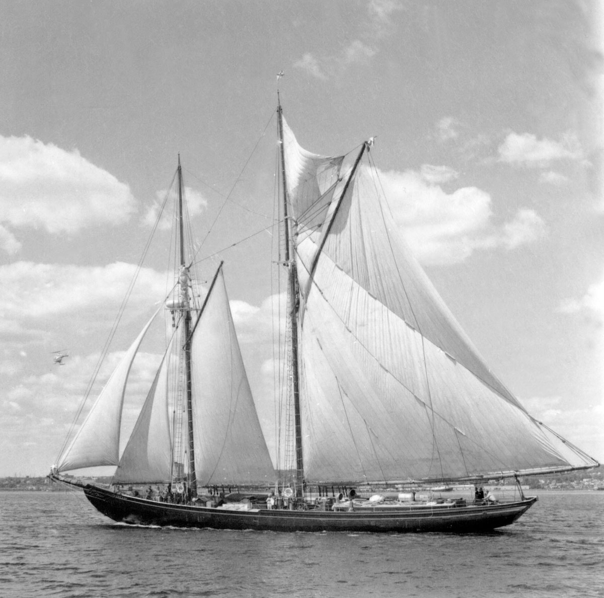 <i>Bluenose II</i> off Halifax Waterfront