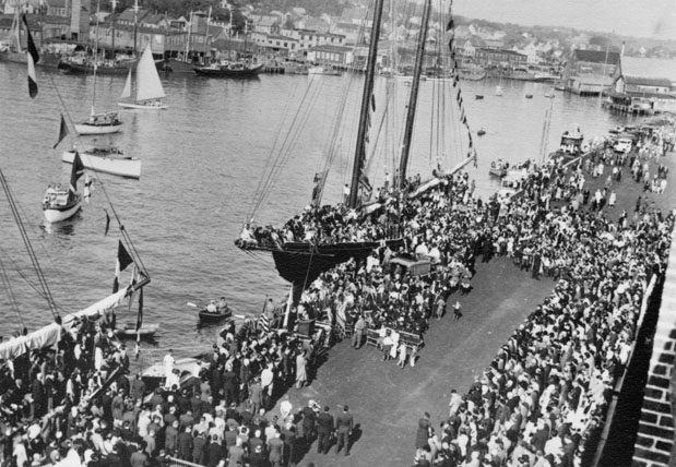 Crowd at dock for opening of fish pier off Gloucester, Massachusetts, 1938