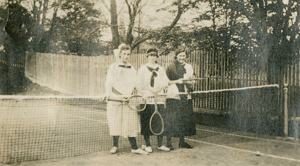 Molly Wilson Forbes, Gertrude Dove, Joan Van Buskirk Silver, St. George's Tennis Club, Dartmouth