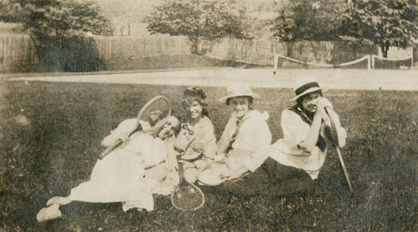 Molly Wilson Forbes, Gertrude Dove, Joan Van Buskirk Silver, Helen Creighton, St. Georges Tennis Club, Dartmouth