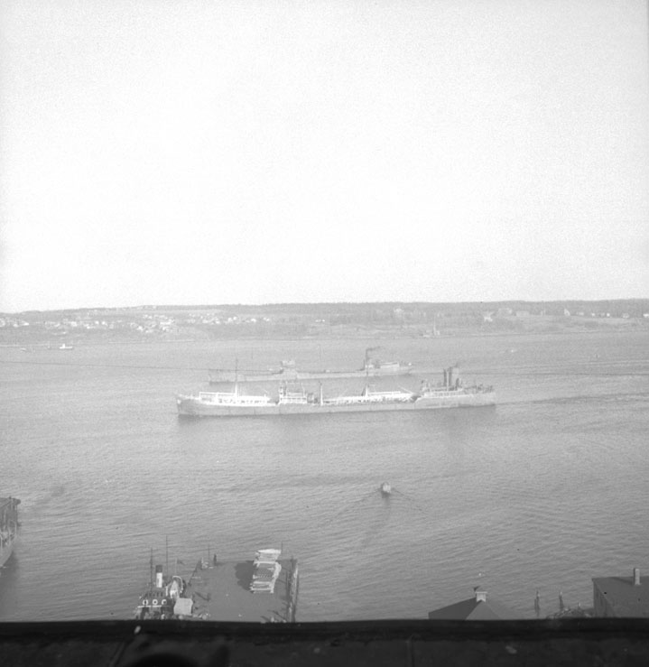 Tanker SS <i>Charles F. Meyer</i> going up the harbour