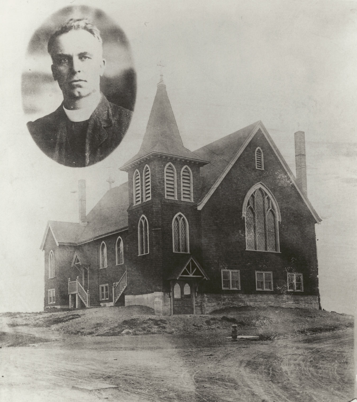 Explosion : Emmanuel Anglican Church, Dartmouth, with an inset of the Rev. Henry Israel Leggo (1873-1922)
