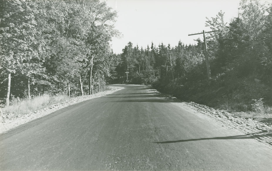Dartmouth - Preston Road Route No. 7, hill west of Walker's looking east