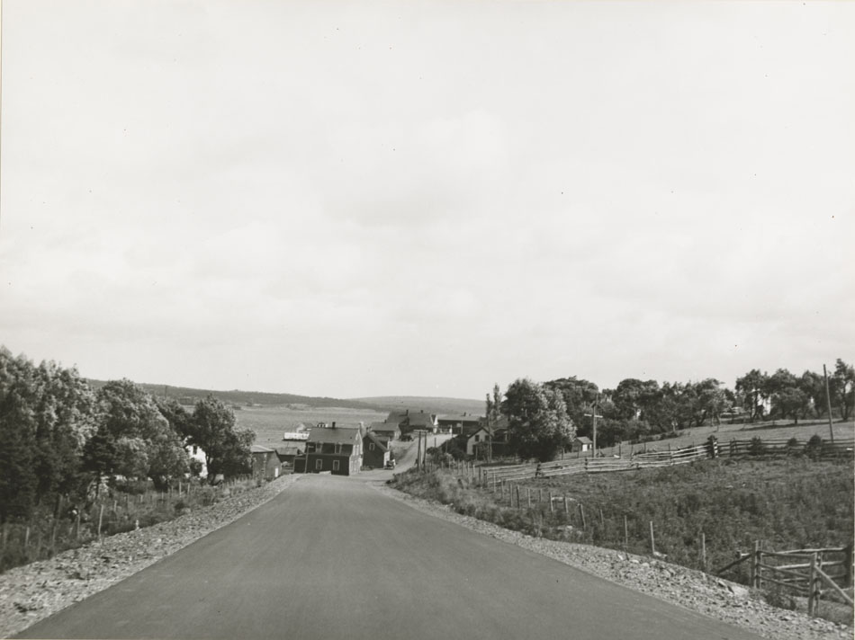 Monastery - Mulgrave, Approach to Mulgrave
