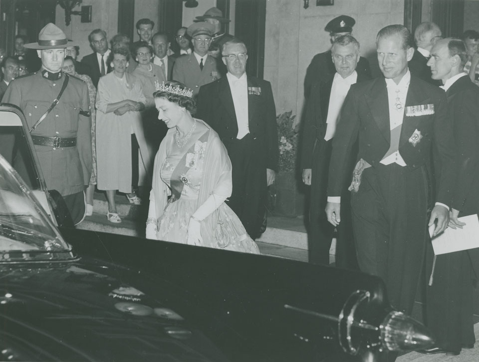 Queen Elizabeth and Prince Philip leaving the Nova Scotian Hotel