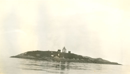 Lighthouses : Sheet Rock, Sheet Harbour