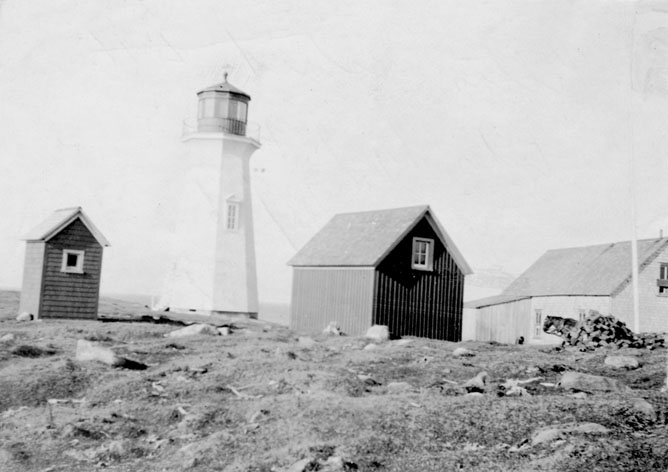Pictou Island light
