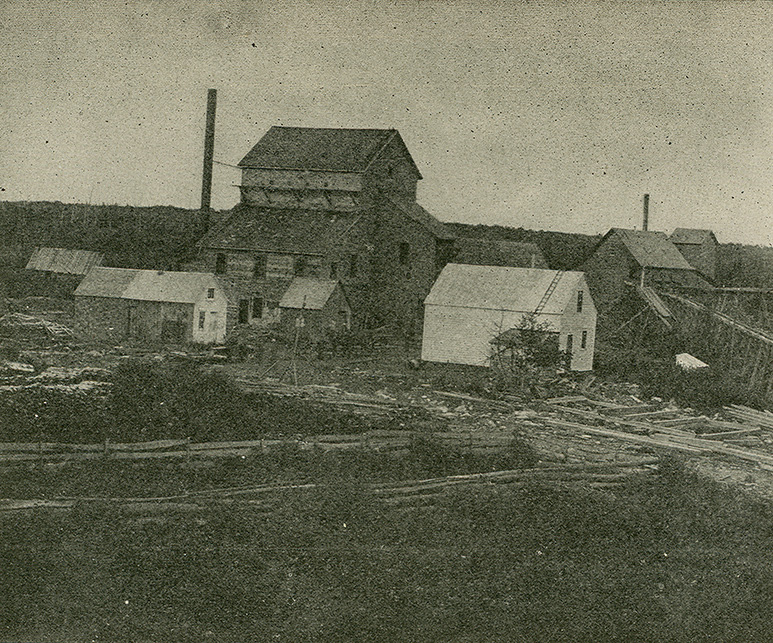 MeninMines : New Egerton Gold Mining Co. — New 30-Stamp Mill and old 15-Stamp Battery at 15-Mile Stream, NS