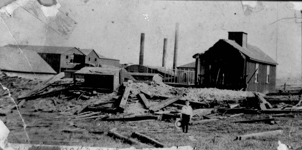 MeninMines : Destruction at the Drummond Mine, NS after an explosion
