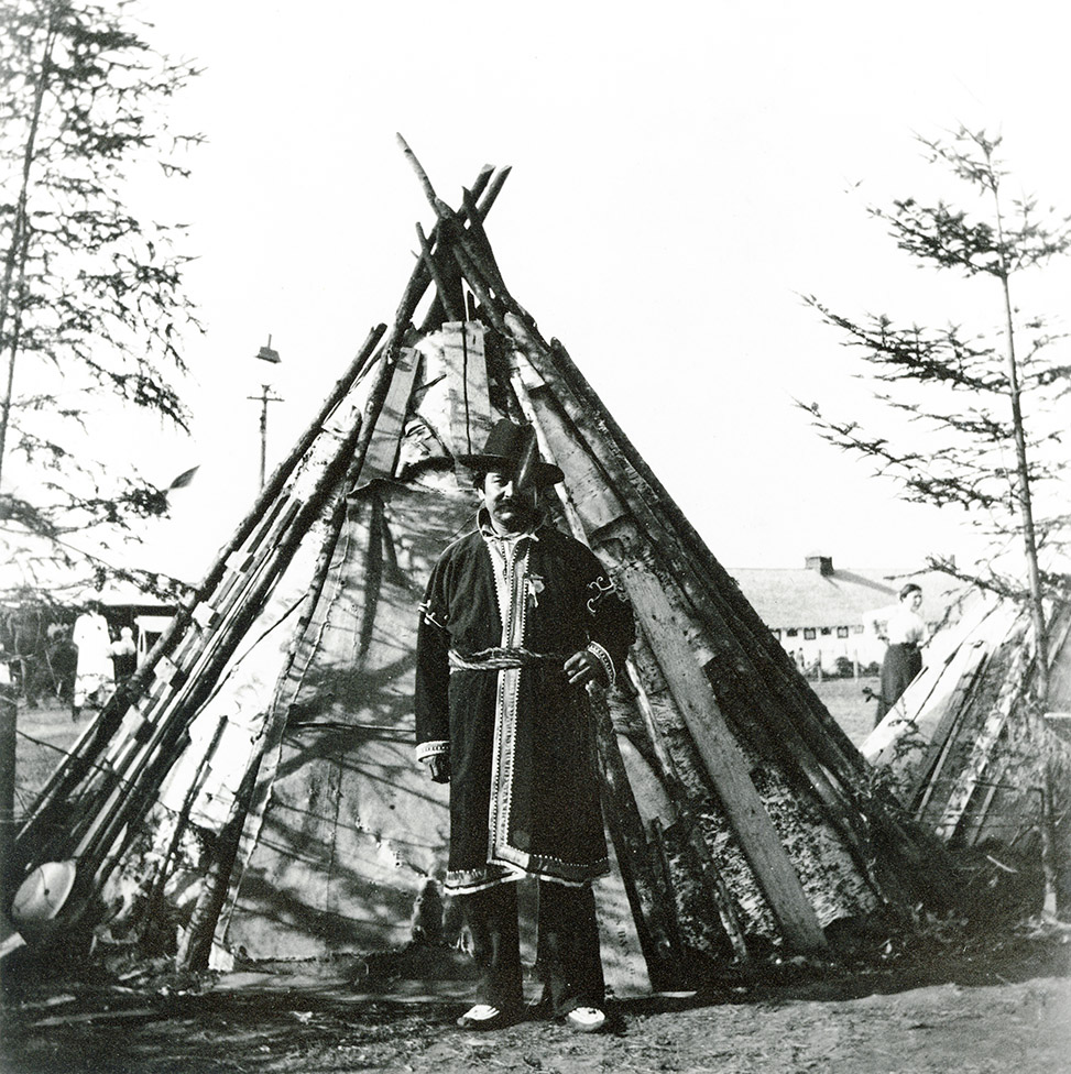 Isaac Sack in front of wigwam, Nova Scotia Provincial Exhibition