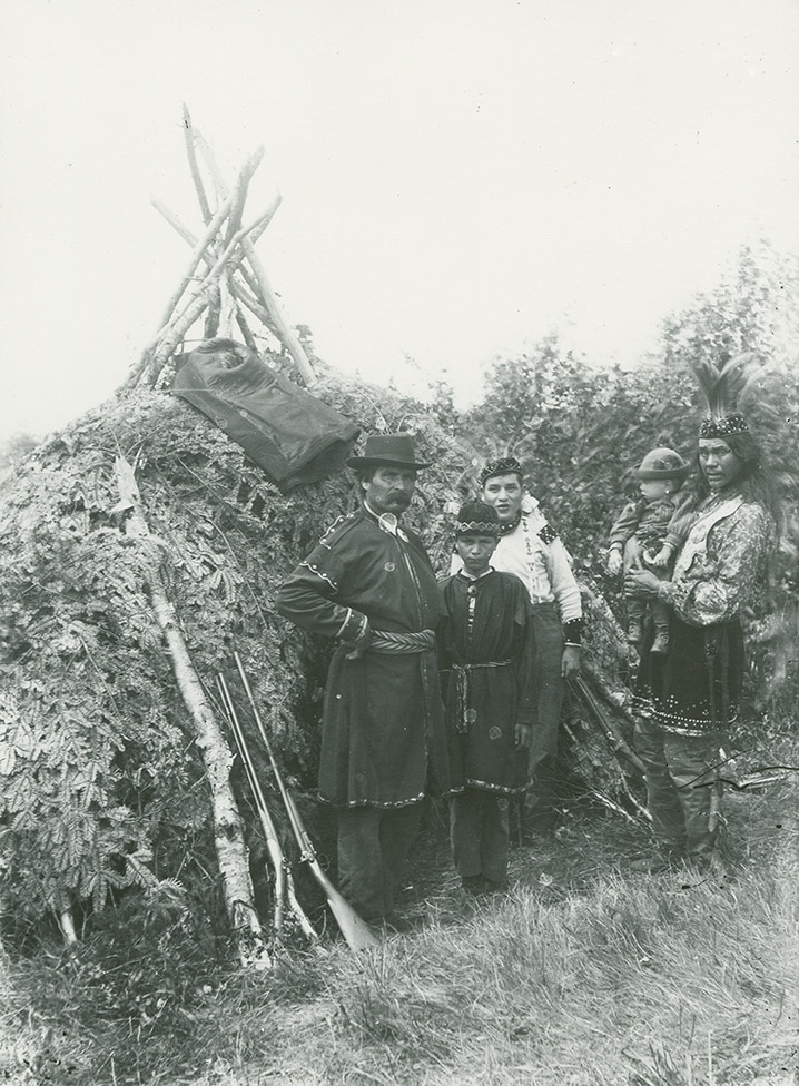 Mi'kmaq group in ceremonial dress of the late nineteenth and early twentieth centuries