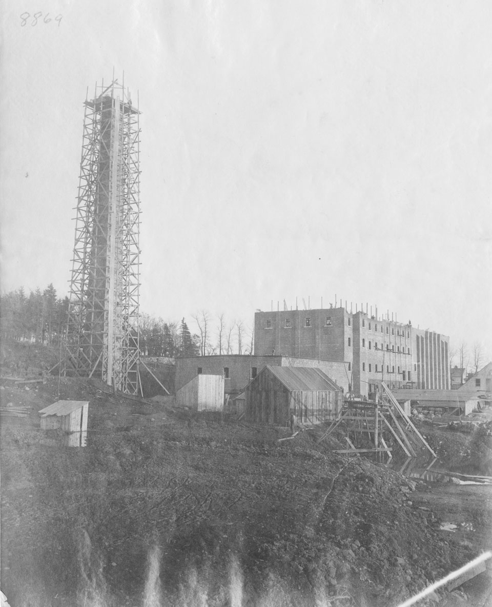 Acadia Sugar Refinery, Dartmouth, Nova Scotia, under construction