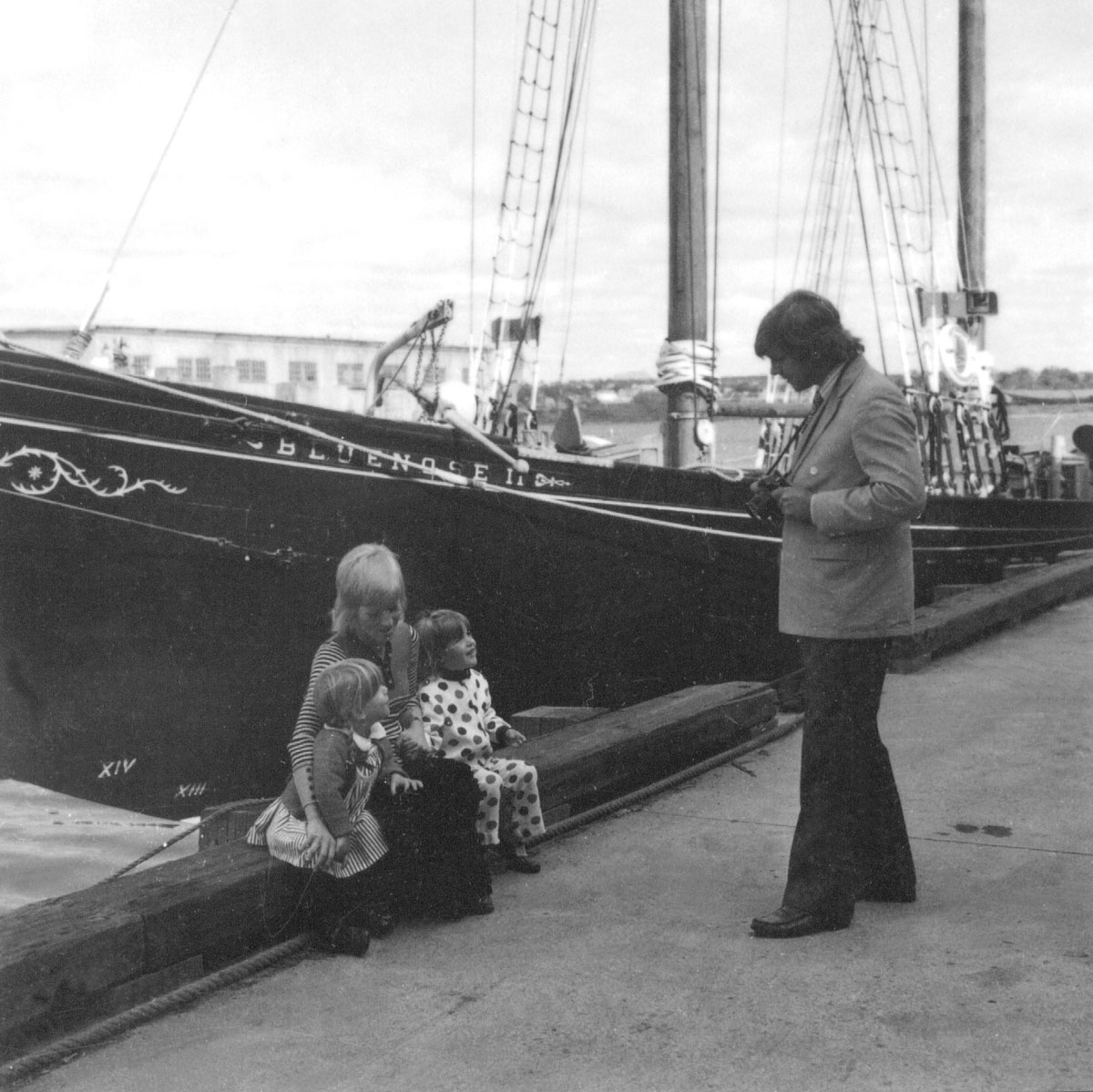 Tourists visit <i>Bluenose II</i>, Halifax