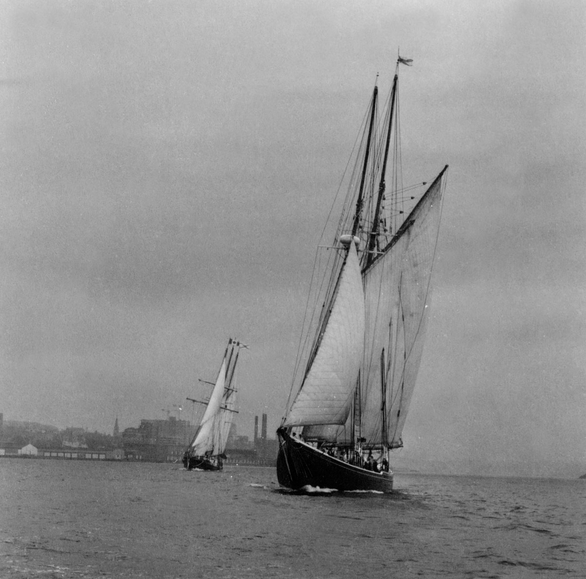 <i>Bluenose II</i> and <i>Sir Winston Churchill</i> in Halifax Harbour