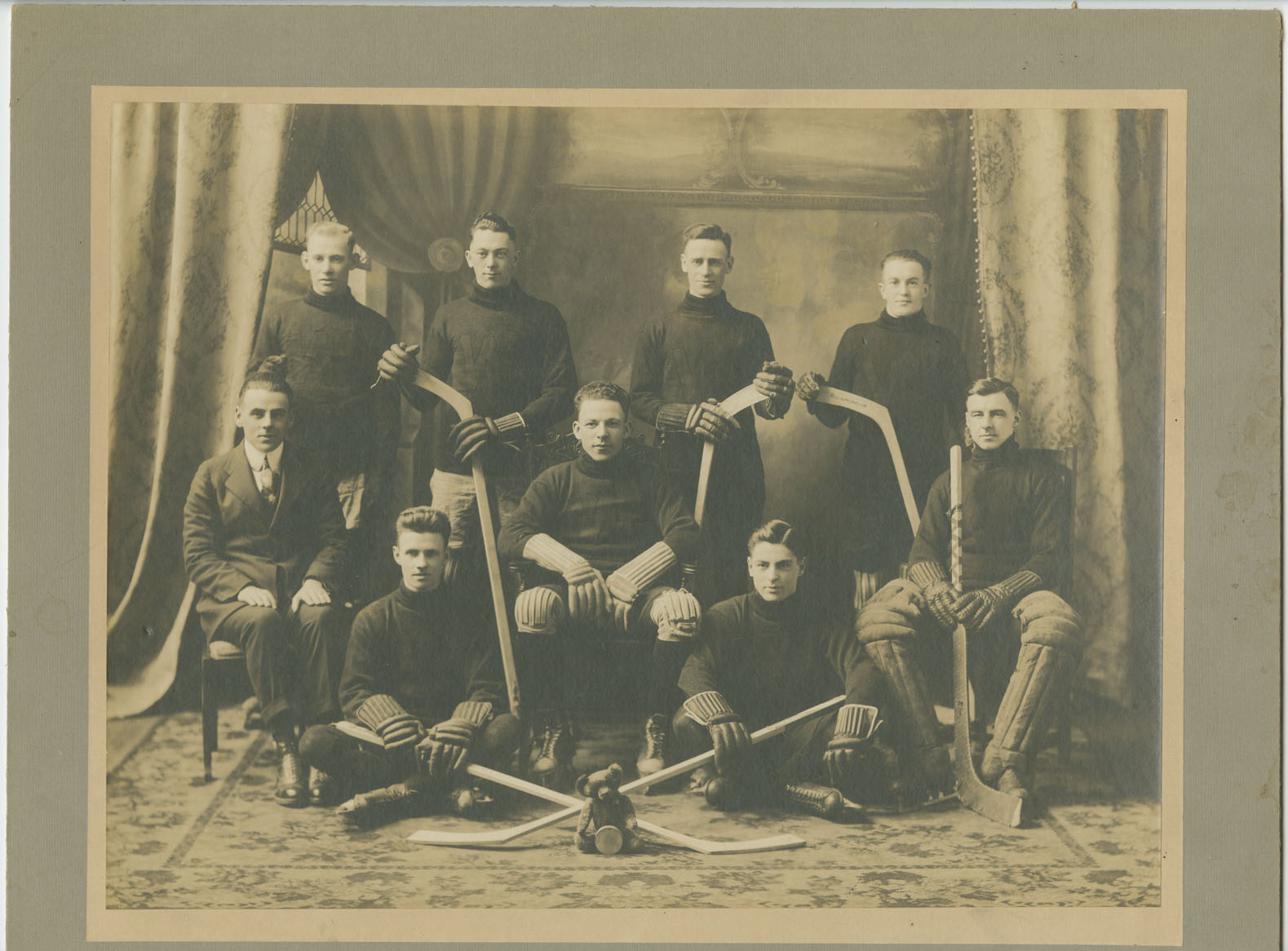 Wanderers Intermediate Hockey Team