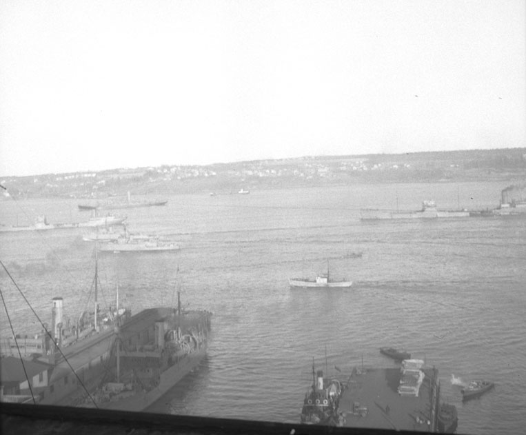 Minesweepers going up the harbour