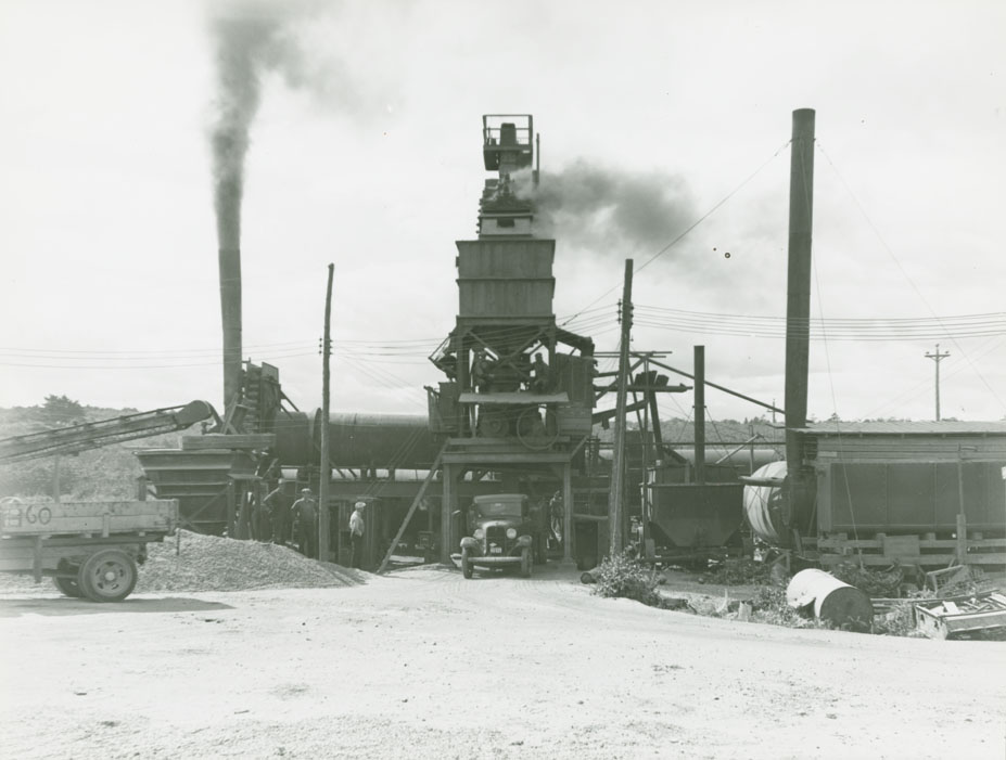 Queens - Lunenburg County Line - Broad River Route No. 3, paving plant at Liverpool from discharge side.