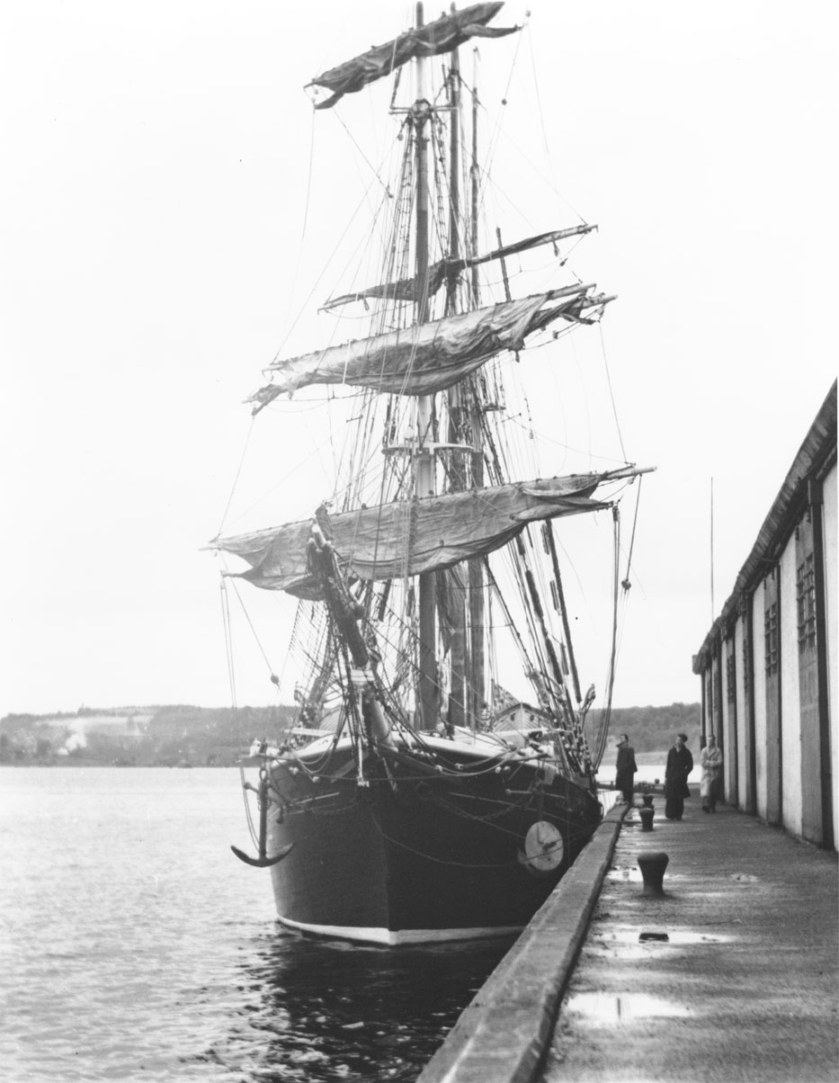 Barquentine <i>Capella</i> at wharf