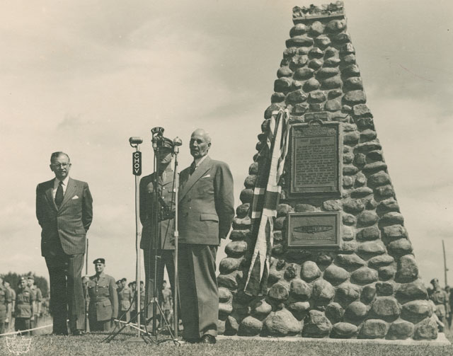 Unveiling ceremony of cairn commemorating