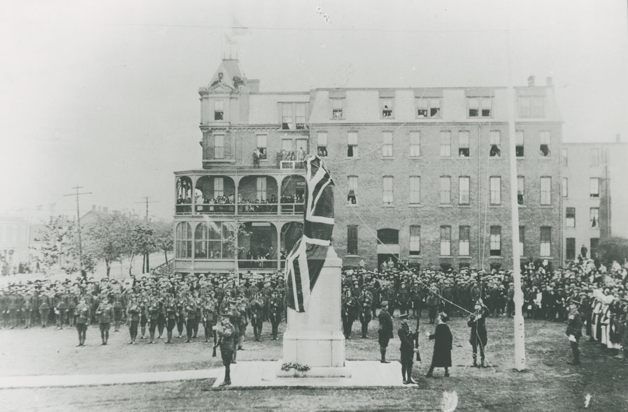 Unveiling of the Soldiers' Memorial